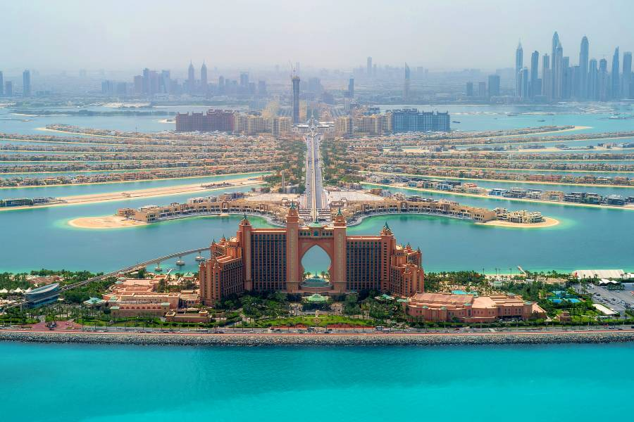 Palm Jumeirah Dubai - Atlantis The Palm Hotel