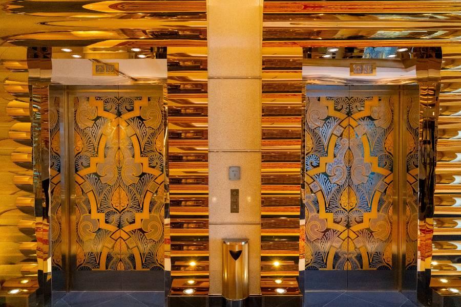 Burj Al Arab Interiors: Elevators