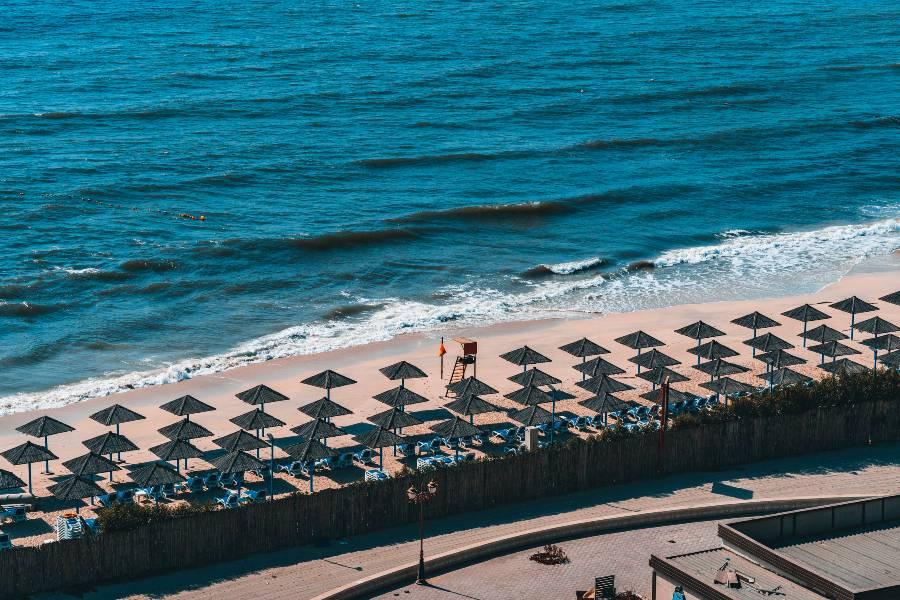 Places to Visit in Ajman: Ajman Corniche Beach