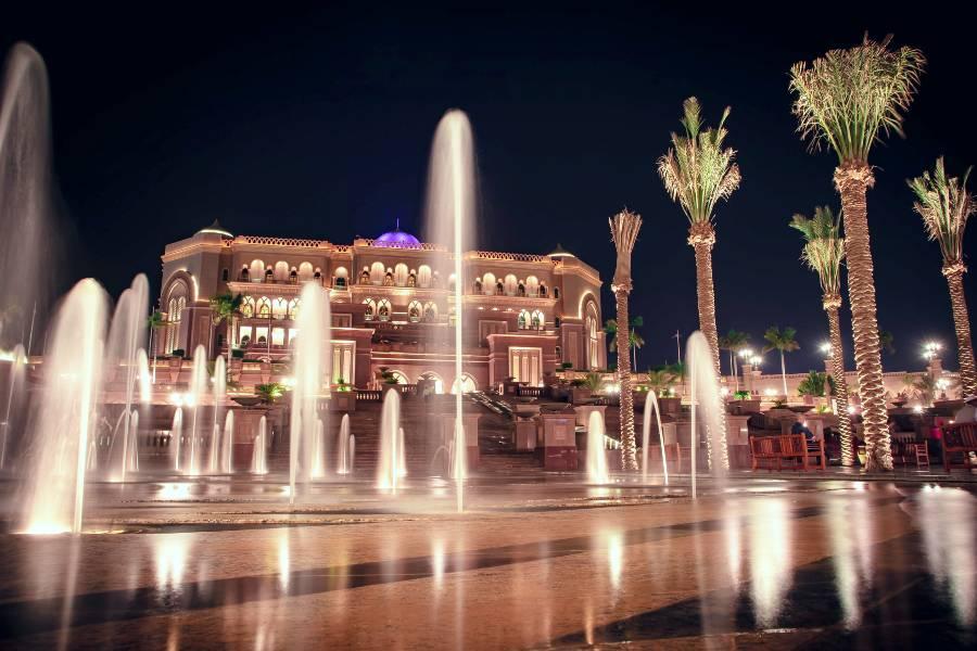 Emirates Palace Hotel Abu Dhabi Night
