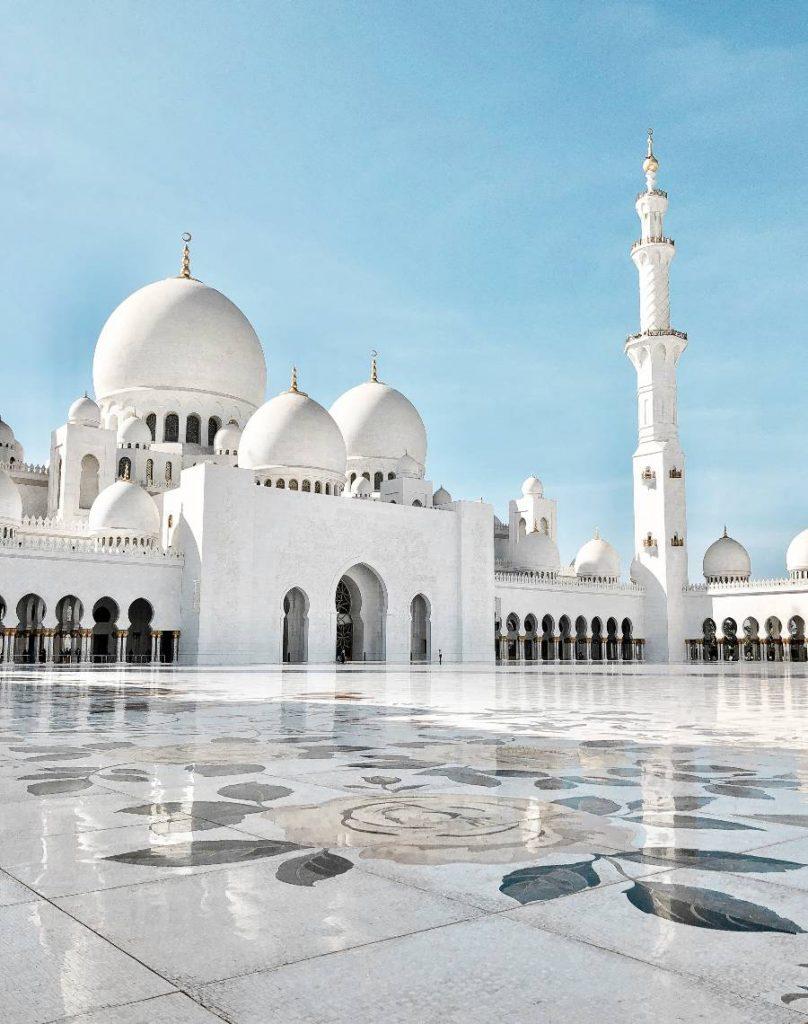 Sheikh Zayed Mosque Abu Dhabi Tour Dubai