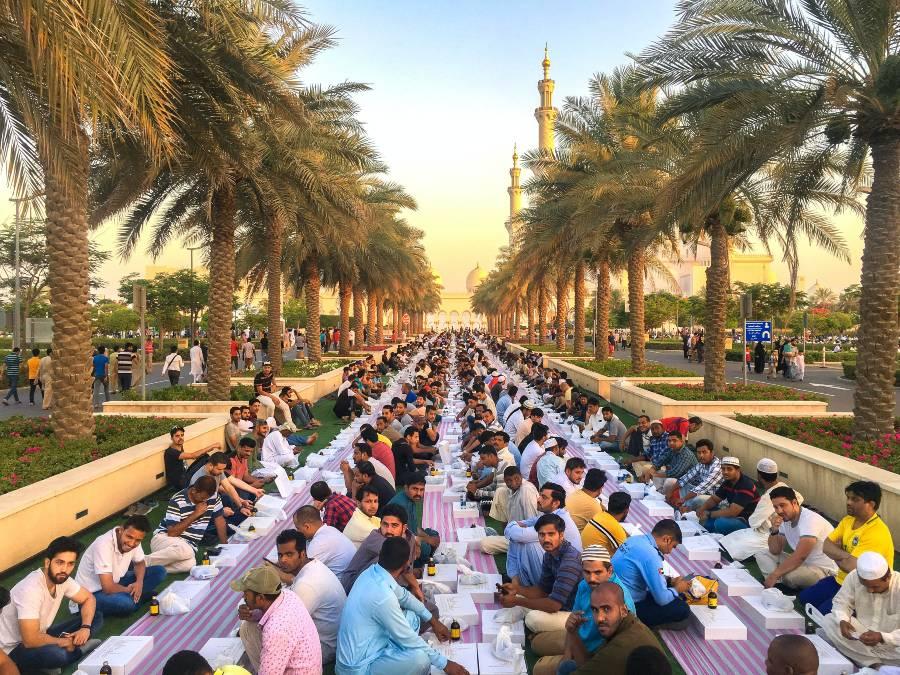 UAE Ramadan Iftar Abu Dhabi Sheikh Zayed Grand Mosque